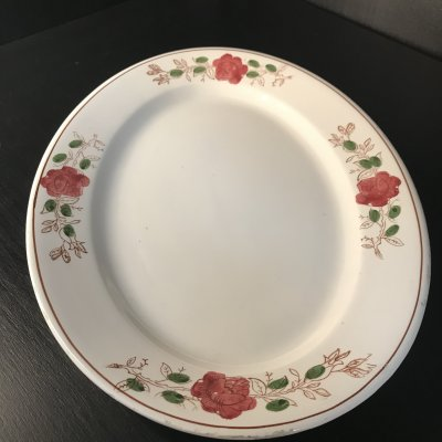 Vintage ovael serving platter with red flowers
